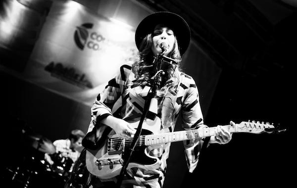 Angela_Perley_guitar