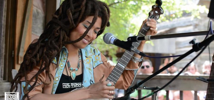 Valerie June at Gladden House, 2014