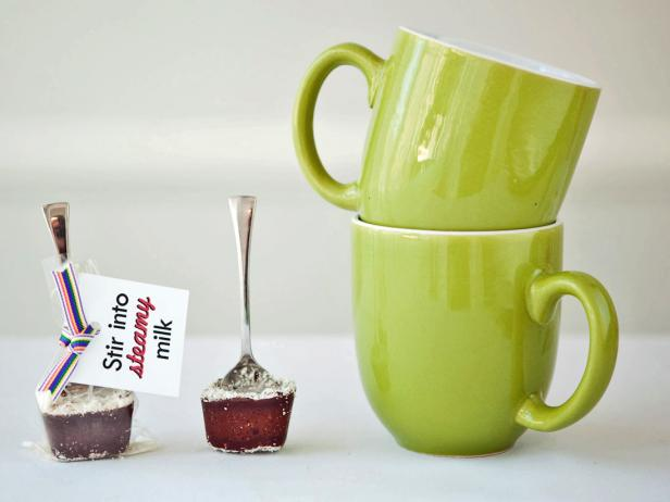 chocolate_spoons