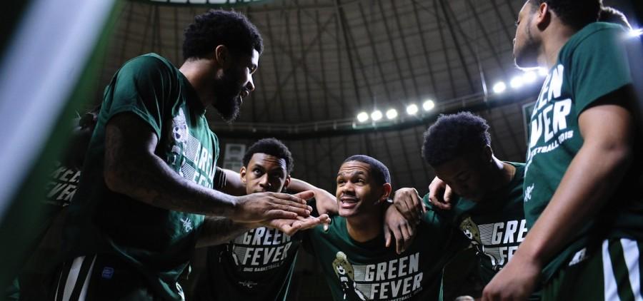 Ohio university mens basketball huddle