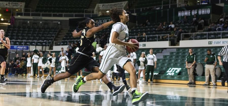 Ohio women's basetball Baldwin driving to basket