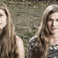 The Shook Twins (Jay Blakesberg)