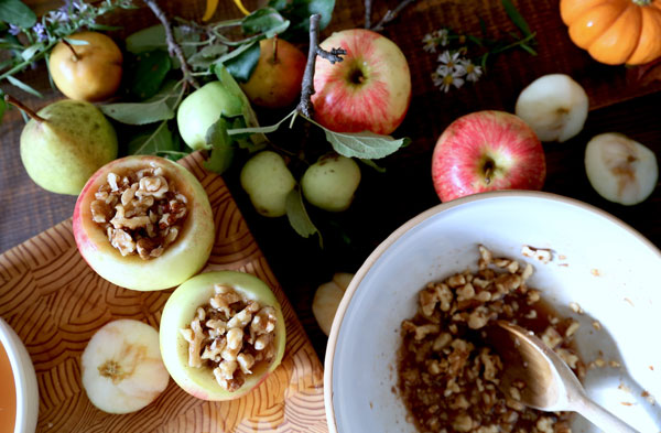 maple-walnut-baked-apples-2