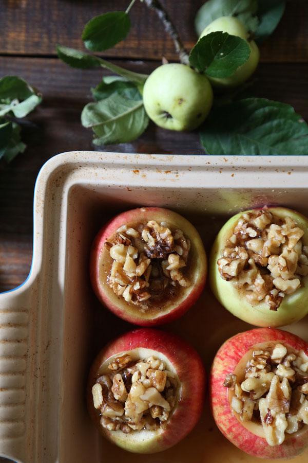 maple-walnut-baked-apples-3