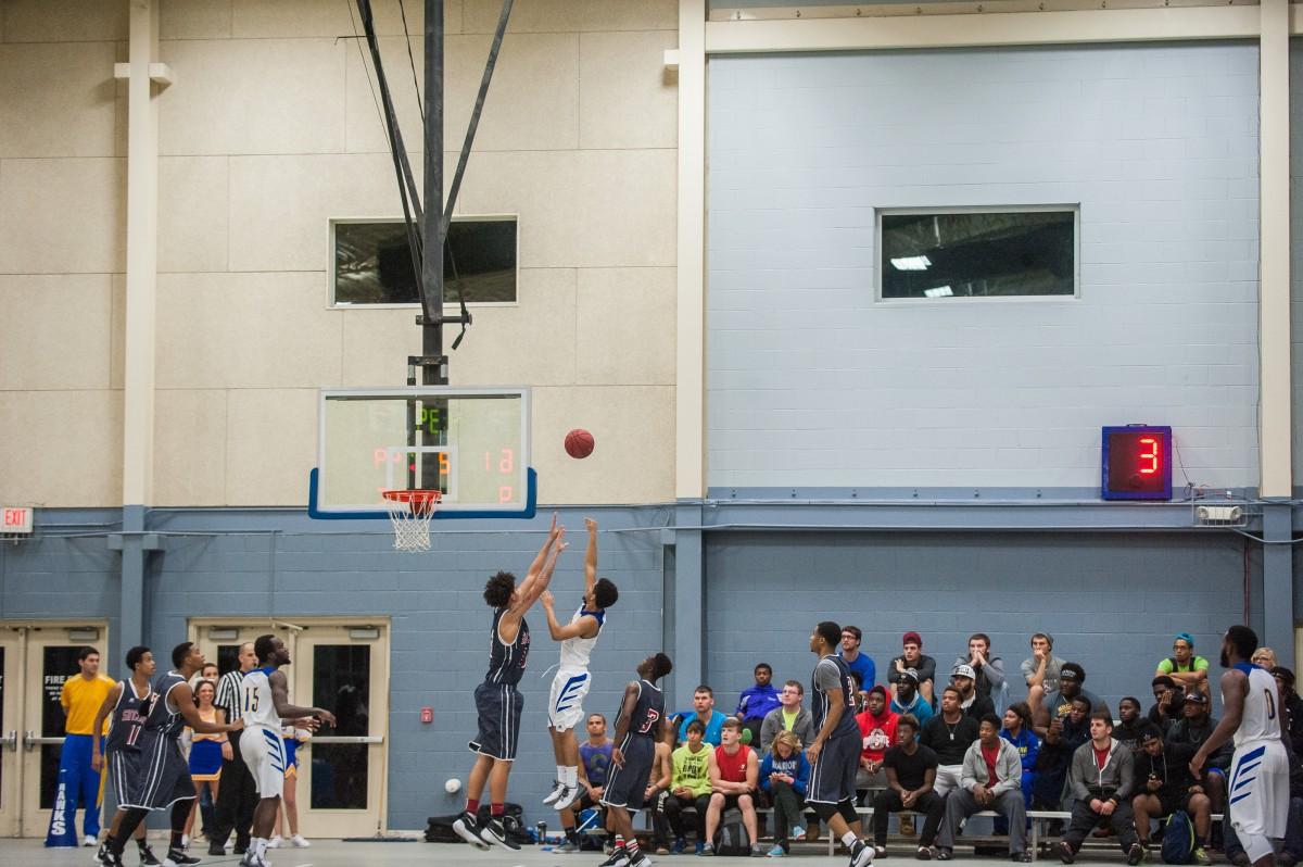 Clavin_Hocking_Basketball_SS_20