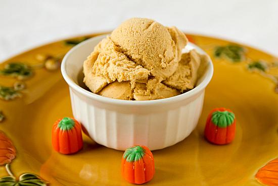pumpkin-ice-cream-1-550