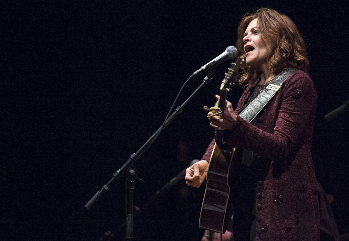 Roseanne Cash, famed Country singer and daughter of legendary Country artist Johnny Cash, sings at the Templeton-Blackburn Alumni Memorial Auditorium on January 31, 2016. (Robert McGraw/WOUB)