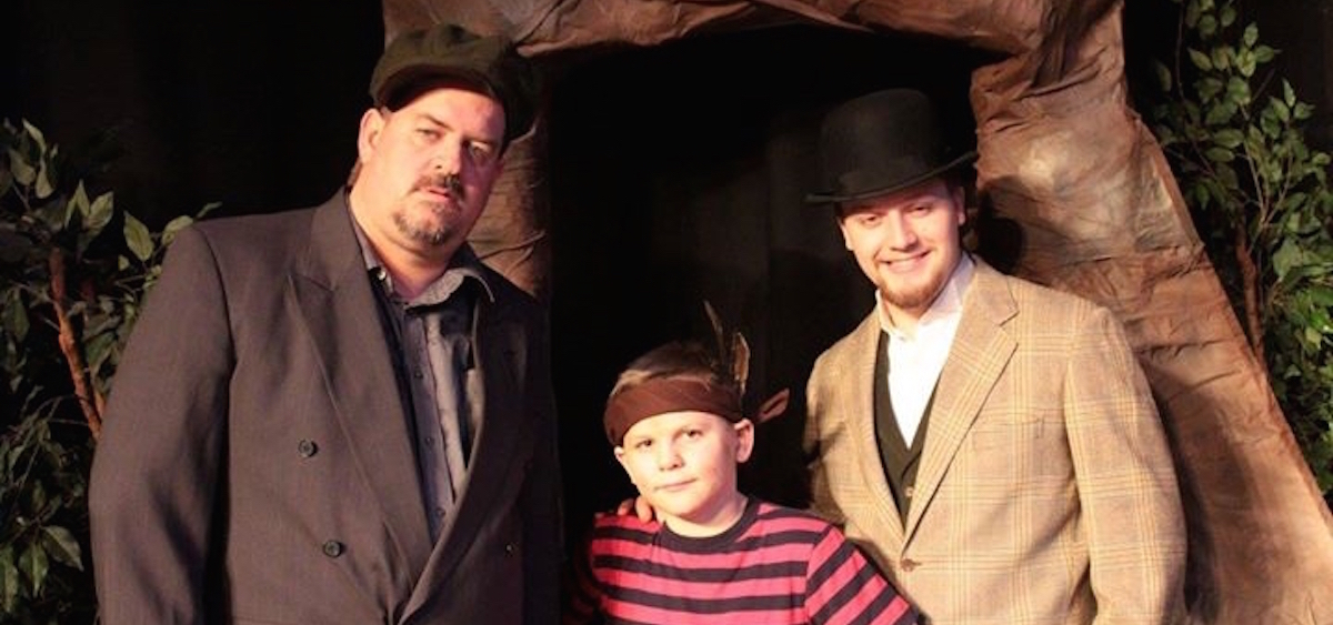 """Left to right, Phil Palmer, Joshua Lightle and Daniel Warne star in the Zanesville Community Theatre's production of """"The Ransom of Red Chief."""" (photo provided)"""