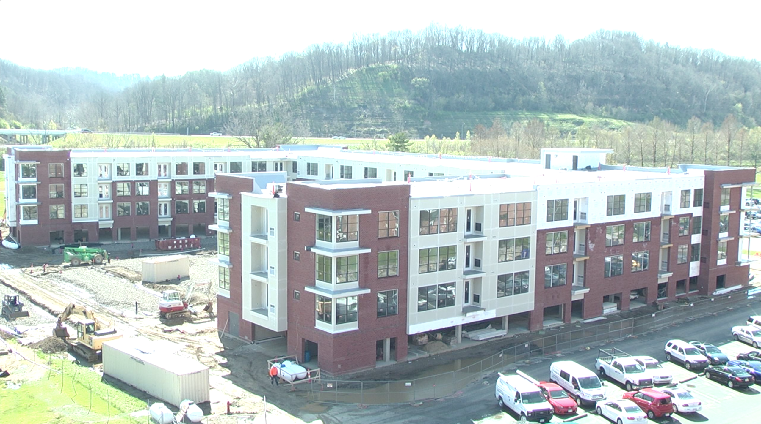 River Gate Apartments expected to be completed by August, 2016