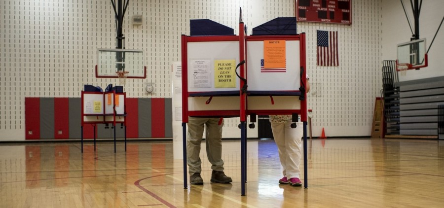 Jacksonville, Ohio- Voters cast in their ballots in Trimble Elementary School on Super Tuesday on March 15. (MICHAEL SWENSEN/WOUB)