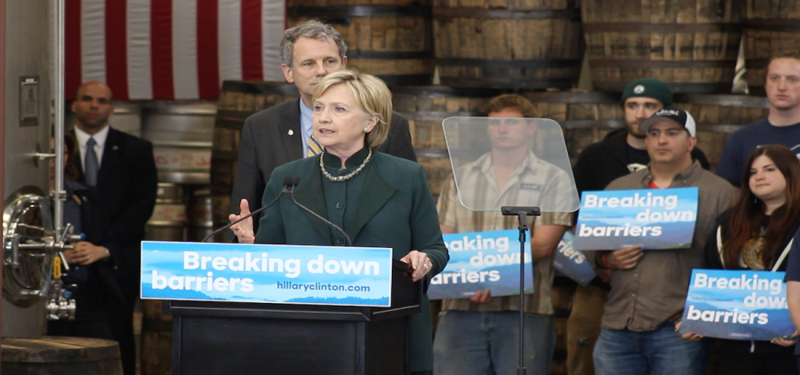 Presidential candidate Hillary Clinton addresses crowd at JackieO's Tap Room in Athens Ohio (WOUB News)