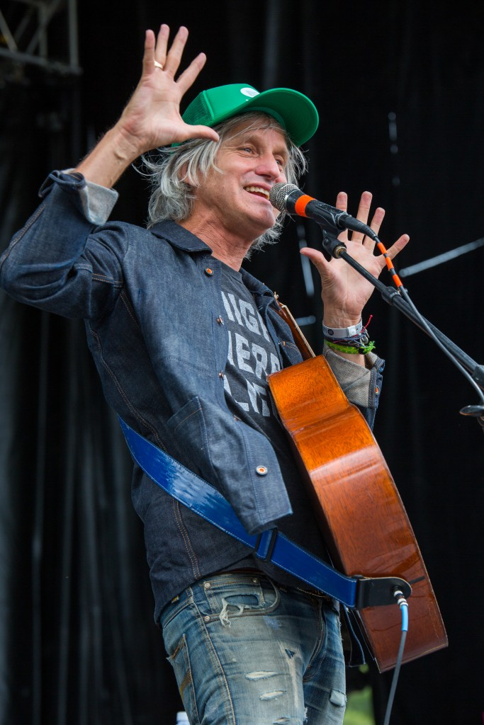 Steve Poltz on the Main Stage early on Sunday, the final day of the 2016 Nelsonville Music Festival. (WOUB/Jasmine Beaubien)