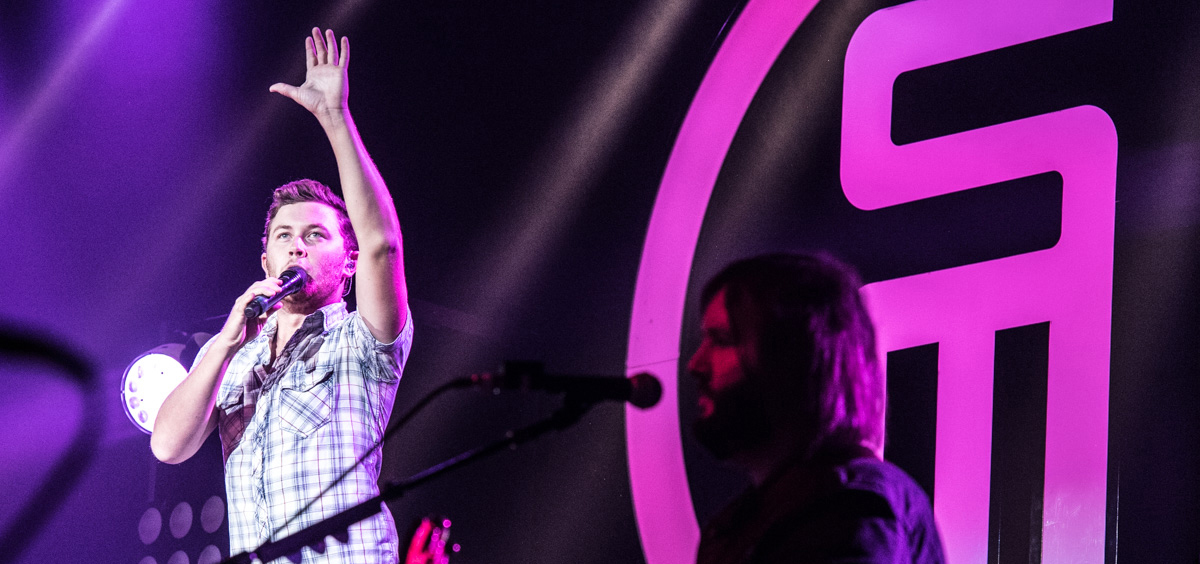 10th Season American Idol winner Scotty McCreery performs at the Templeton-Blackburn Alumni Memorial Auditorium in Athens, Ohio, on Sept. 8, 2016.