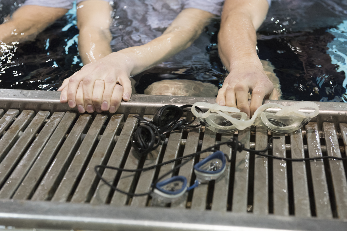 Goggles are supplied to help the Air Force ROTC with their water survival training. (Robert McGraw/WOUB)