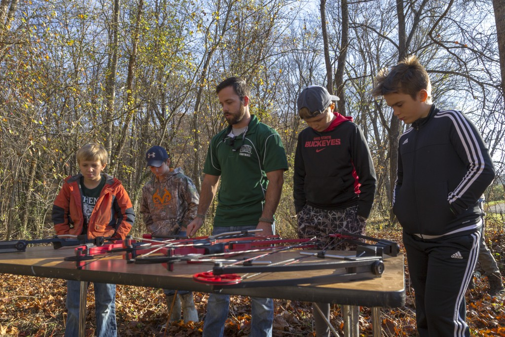 Chad Gatt, from the Raccoon Creek Partnership, teaches the basic about archery to the attendees to the Raccoon Creek Partnership Archery Day Camp on Saturday, November 5, 2016, at Waterloo Aquatic Education Center, New Marshfield, Ohio. (Jorge Castillo Castro/WOUB)