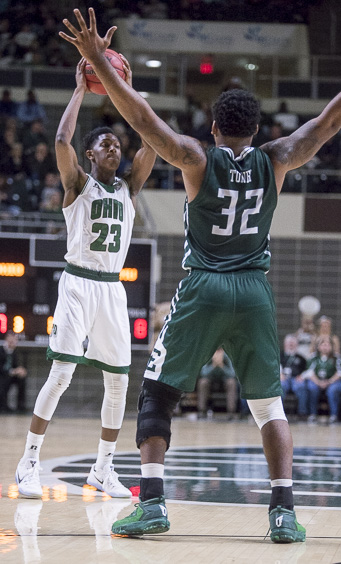 Ohio University guard, Rodney Culver, looks to pass the ball during a game against Eastern Michigan at the Convocation Center on January 14, 2016. (Camille Fine/WOUB)