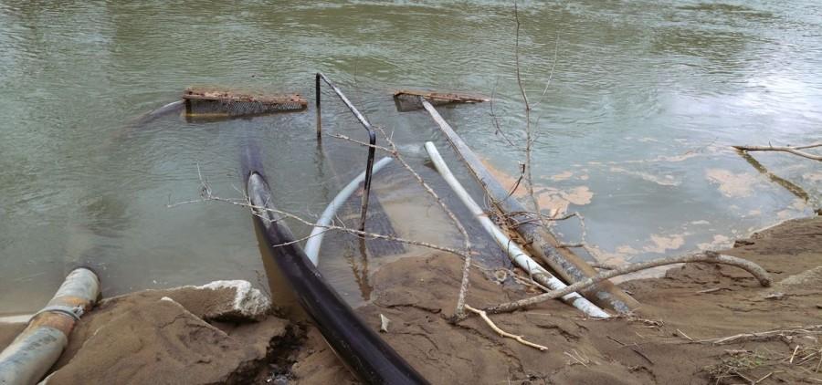Water-Intake-on-Tug-Fork-0112171431