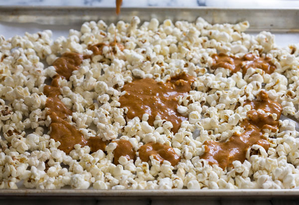 salted-caramel-popcorn-4