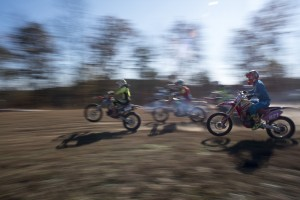 The first group of racers take off at FastTraxx Racing in Nelsonville, Ohio on November 11, 2016.