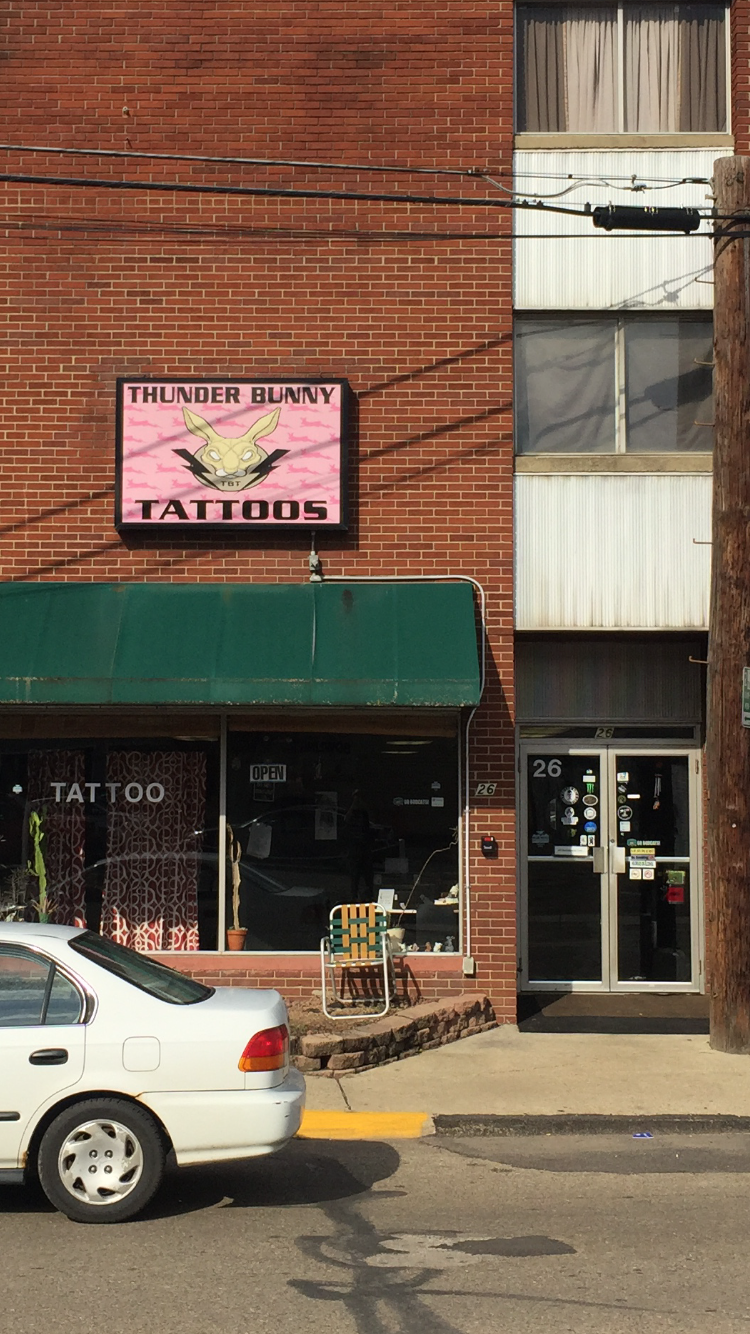 The Front of Thunder Bunny Tattoo Parlor