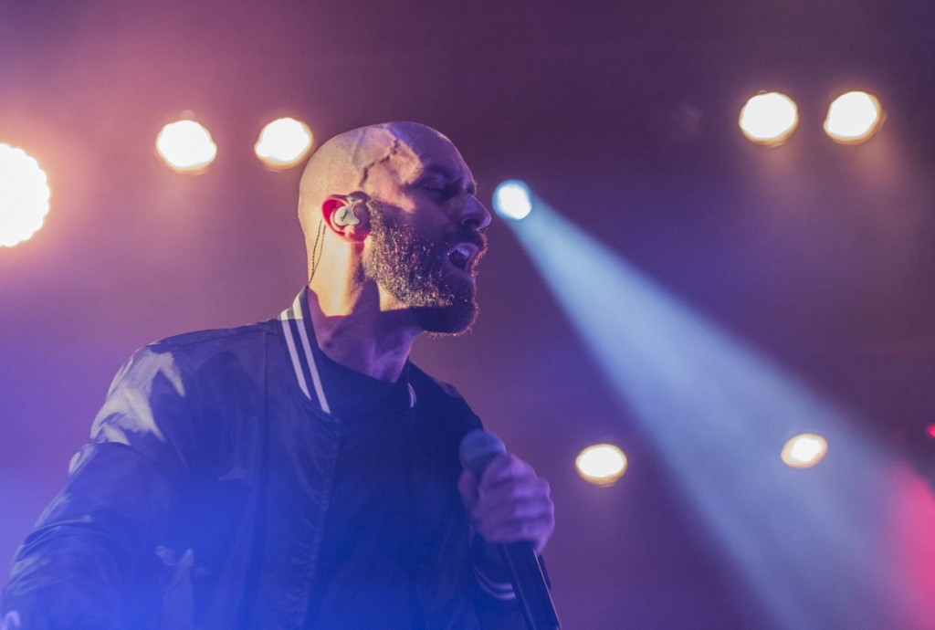 Sam Harris during X Ambassadors opening performance on March 21, 2017. (Meagan Hall/WOUB)