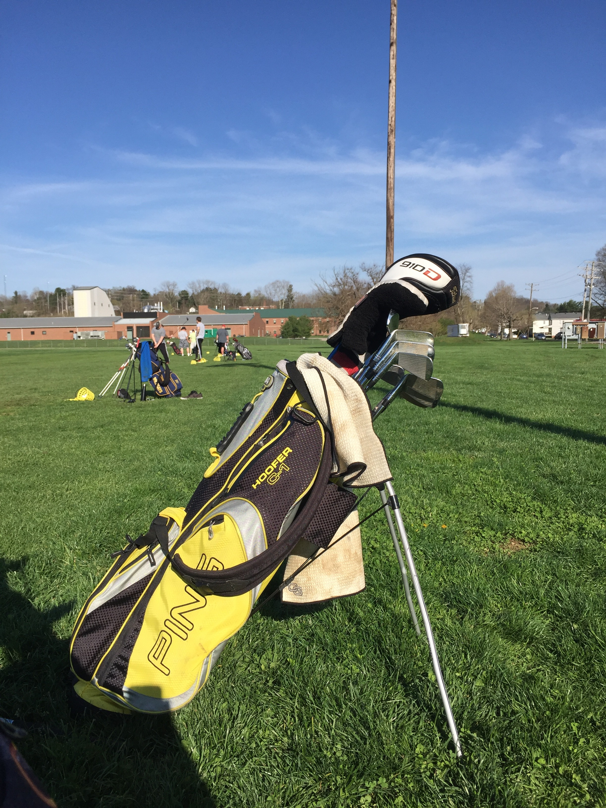 One of the students golf bags.