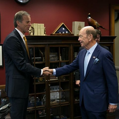 Commerce Secretary nominee Wilbur Ross meets Sen. John Thune (R-SD), who chairs the Senate Commerce Committee. (Senate Commerce Committee staff)