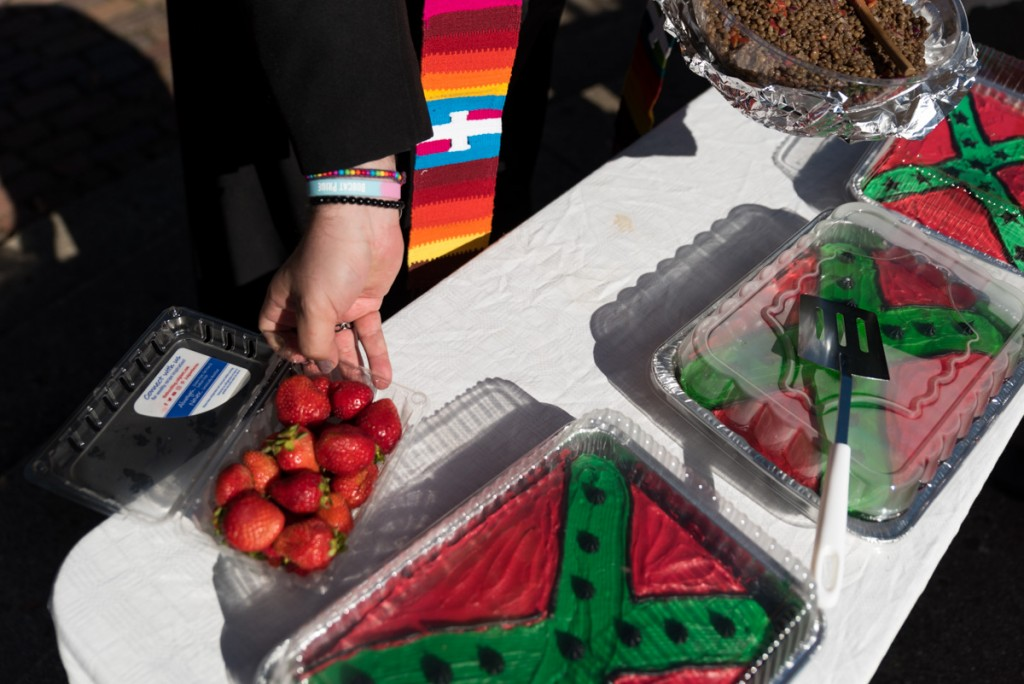 Complimentary AfroRebel cake and hot cider is served until 4:00 p.m. at Scrips Ampitheatre. (Nickolas Oatley/WOUB)