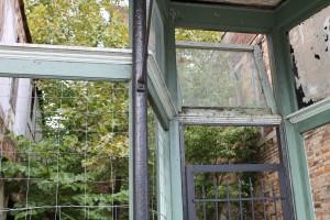 Abandoned houses attract many photographers. (Lauren Ramoser)