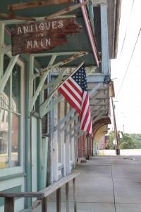 Historical architecture shows the old spirit of Shawnee. (Lauren Ramoser)