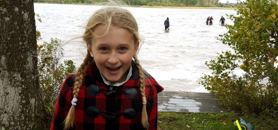 Saga Vanecek found the sword while wading in Sweden's Lake Vidöstern.