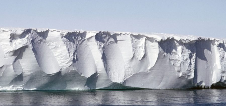 The Ross Ice Shelf, photographed in 2003. Researchers found that by monitoring the seismic effects of wind on the surface of a shelf, they could gain insight into its structural integrity.