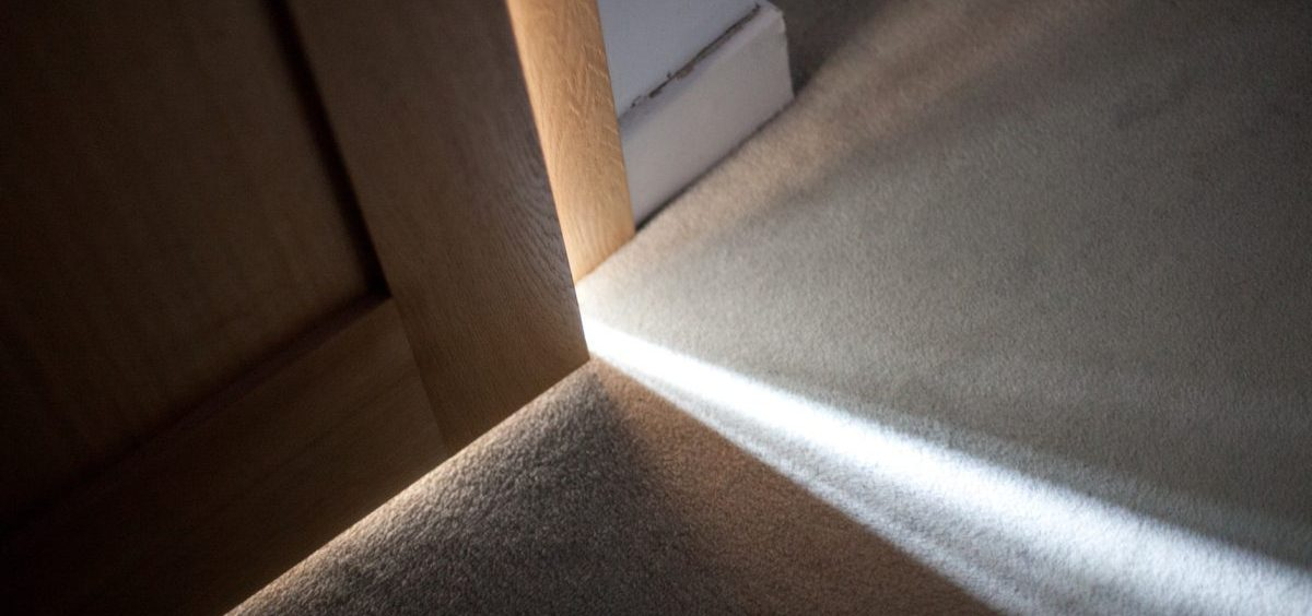 University of Oregon scientists used real dust from inside homes around Portland to test the effects of sunlight, UV light and darkness on bacteria found in the dust.