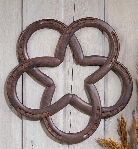 A welded horseshoe star