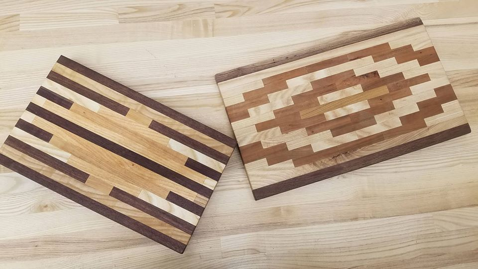 A patterned cutting board