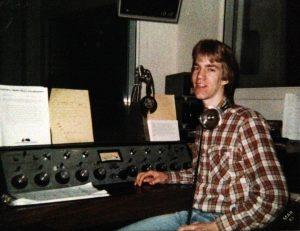 Slenzt working AM Radio in 1983