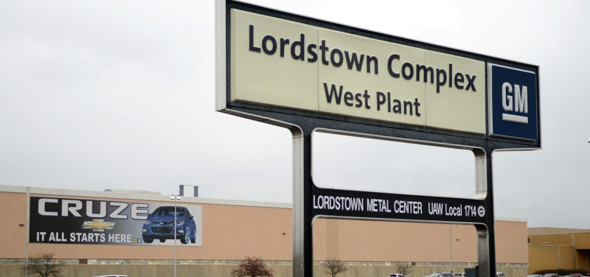 GM and LG Chem say they'll create more than 1,100 jobs in the area around Lordstown, Ohio — where GM closed a manufacturing plant earlier this year. Here, GM's former Lordstown Complex is seen one year ago.