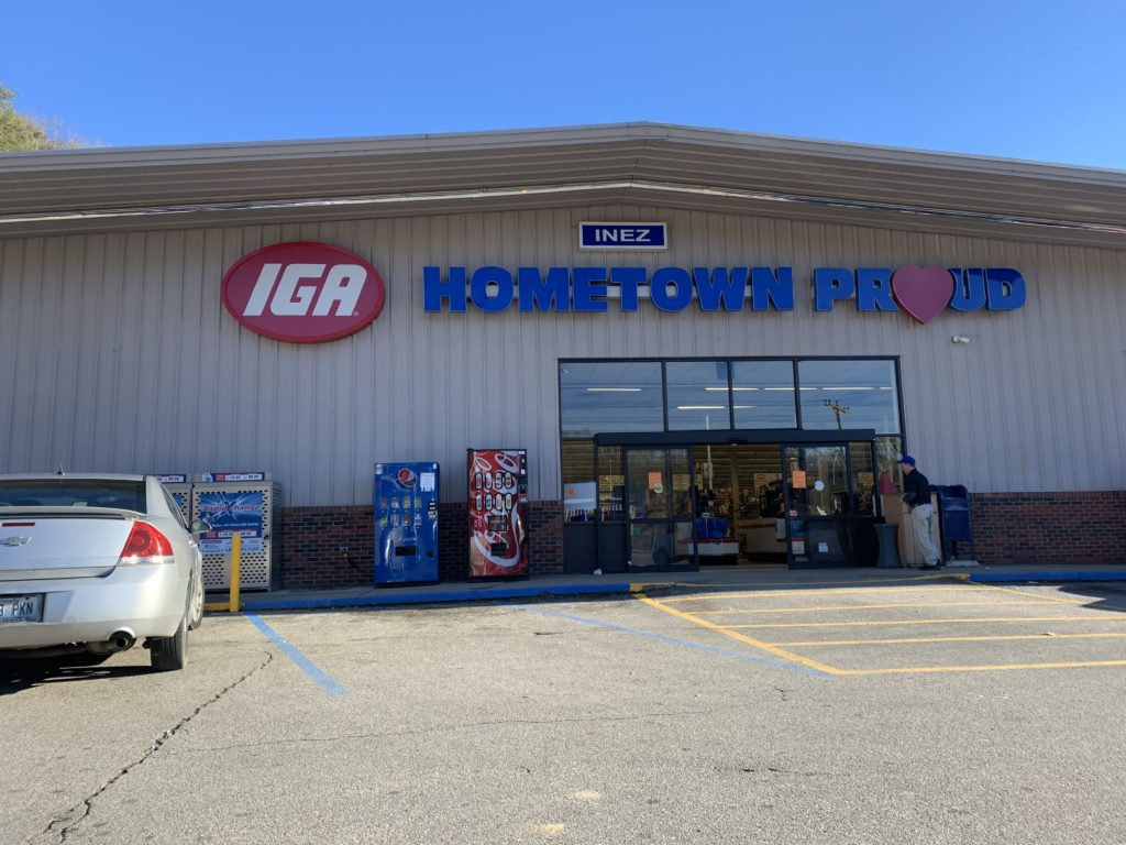 The Inez, KY, IGA on its last day of business.