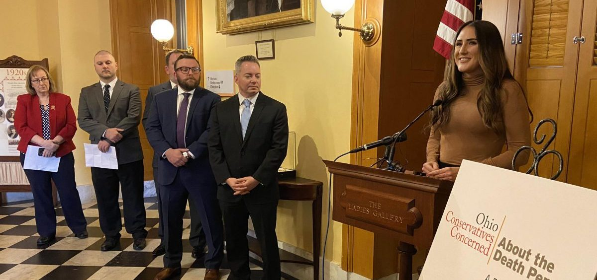 Hannah Cox (right), national manager of Conservatives Concerned About the Death Penalty, introduces the group: GOP strategist Michael Hartley, former death penalty juror Ross Geiger, son of murder victim Jonathan Mann and Rep. Laura Lanese (R-Grove City).