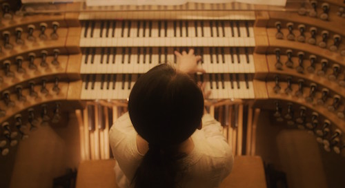 Yuan Shen plays the organ in Berlin.