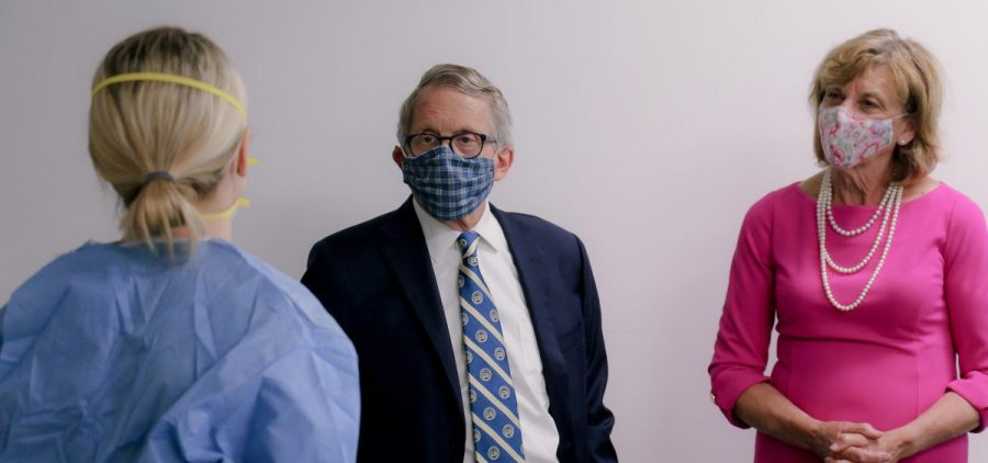 Gov. Mike DeWine and First Lady Fran DeWine wearing face masks on June 23, 2020.