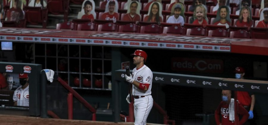 Cincinnati Reds' Joey Votto (19) waits on deck during a game against the Pittsburgh Pirates in Cincinnati, Friday, Aug. 14, 2020.