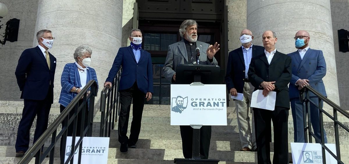Operation Grant supporters