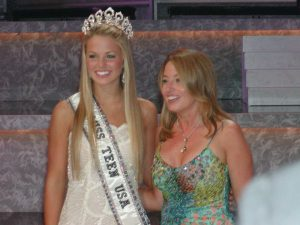 LaForce and Shugart on stage together at Miss Teen USA 2005