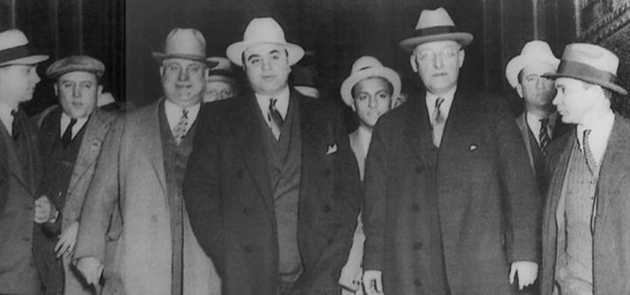 Al Capone with other men