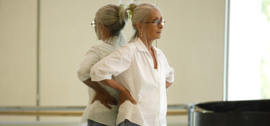 Twyla instructing at Pacific Northwest Ballet in 2008.