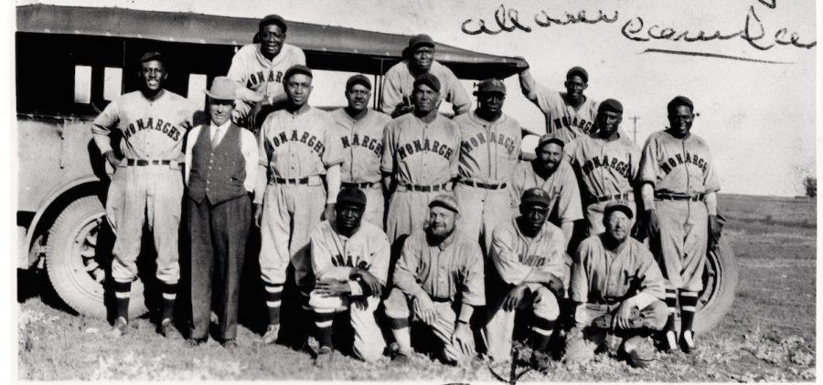 Team photo of kansas city monarchs baseball club