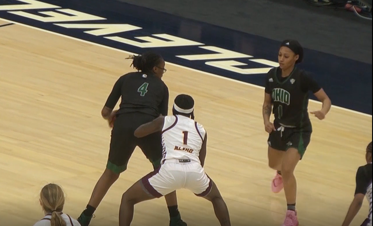 Ohio's Erica Johnson looks to set up a player in the Bobcats game against Central Michigan in the MAC semifinals on March 12, 2021. (Photo: Bryan Kurp/WOUB)