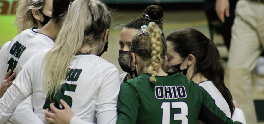 Ohio volleyball gathers for a huddle vs Ball State
