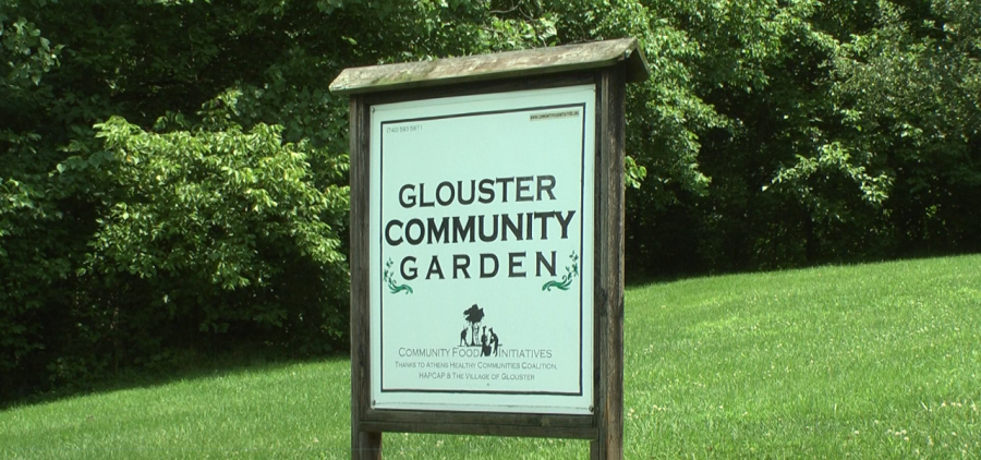 The sign outside of the Glouster Community Garder
